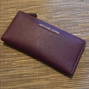 MICHAEL KORS Jet Set Travel Wallet